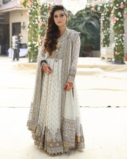005005b7d7ce1cba8f085c7b1a05f03c--pakistani-suits-pakistani-bridal